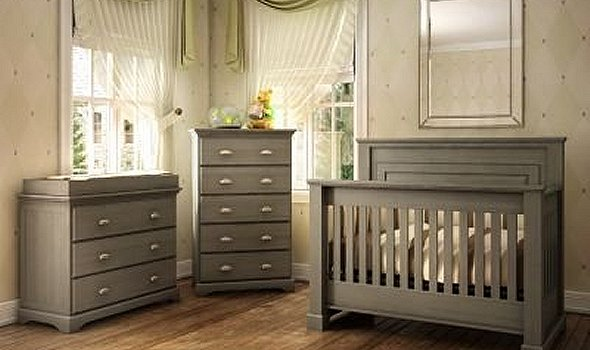Cribs - A full range of high quality baby cribs always on display ...