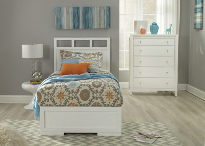 Alba Bed with Greenwich Case