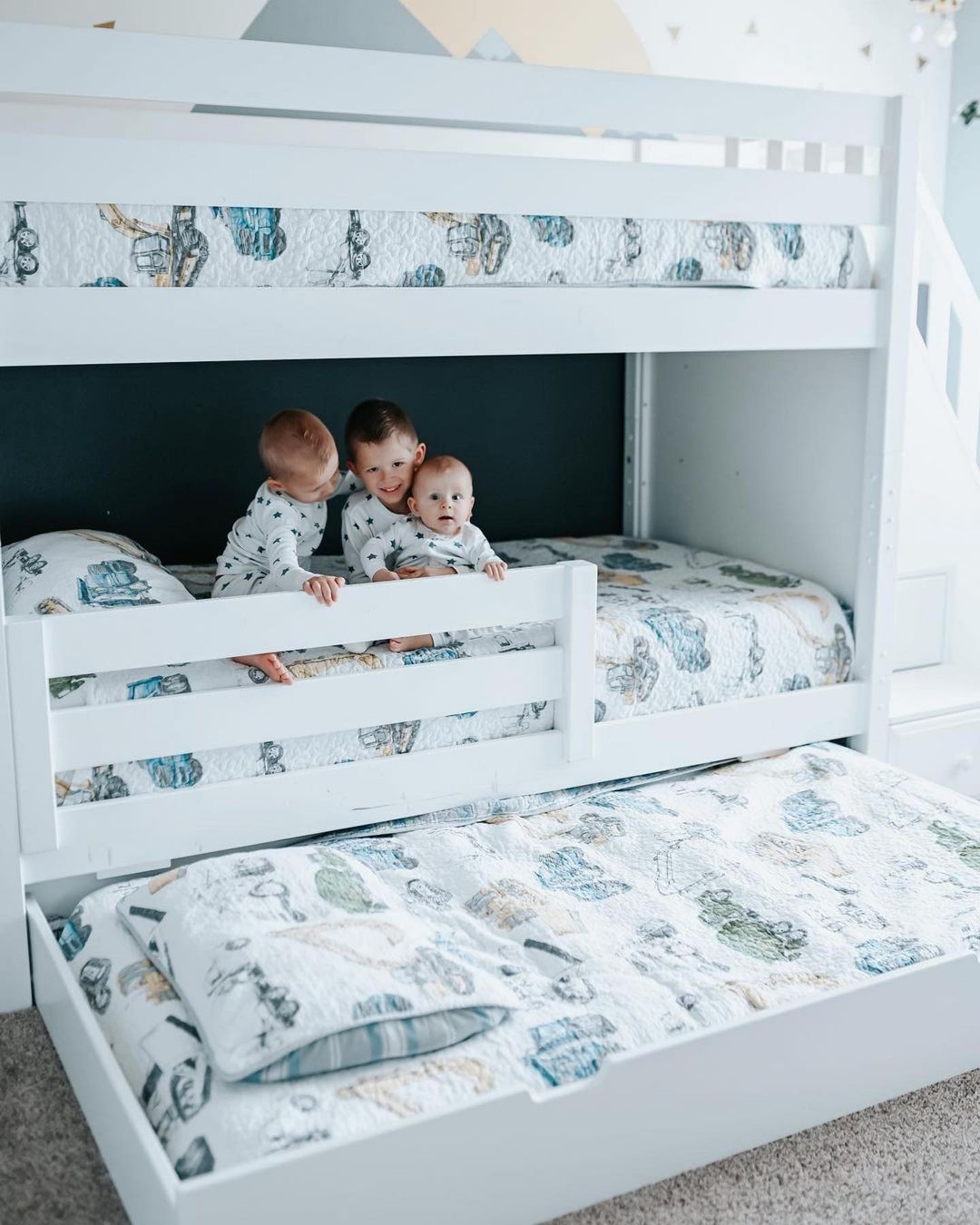 Maxtrix Trundle Bed